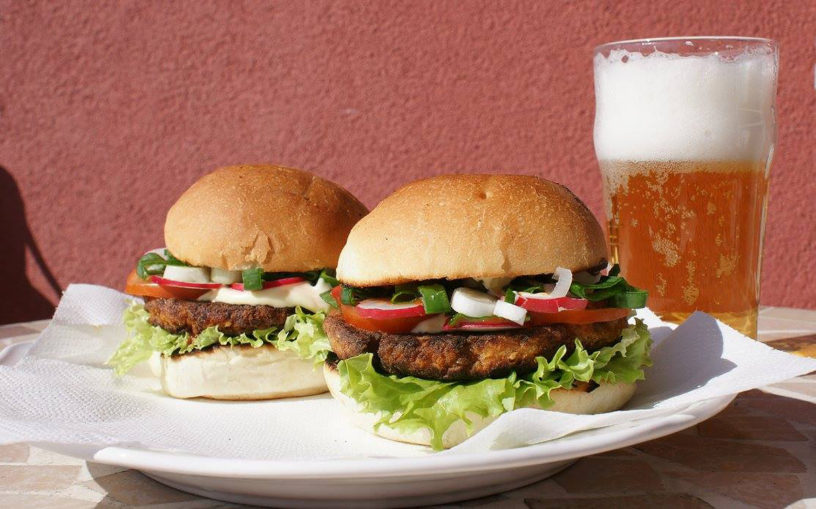 Vegan burger by Adri Mrnjau