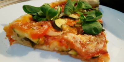 Vegan pizza i tijesto za pizzu
