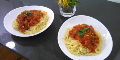 Ukusna pasta u paradajz sosu