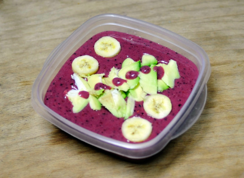 Voćni smoothie bowl